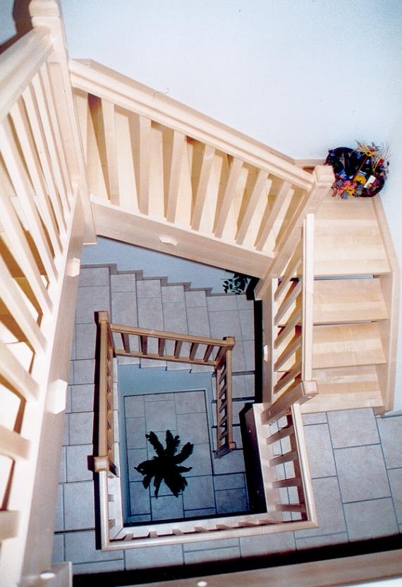 Holztreppen Galerie Viertelgewendelte Treppe