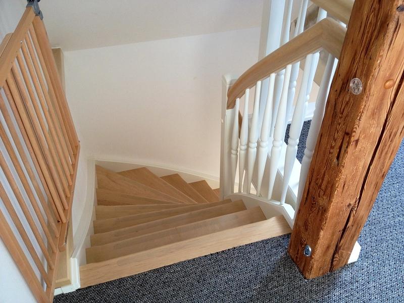setzstufen viertel gewendelt mit wangen u stabe weia massivholz weiabuche treppen trittstufen